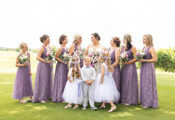 robe violette mariage longue col en v