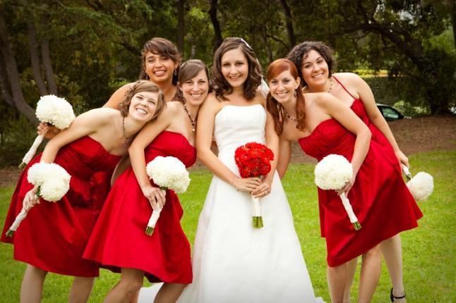 robe demoiselle d'honneur courte rouge bsutier